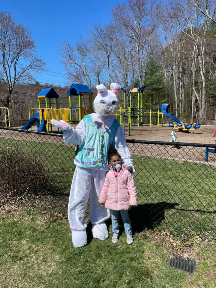 Easton Park and Rec: Photos with the Easter Bunny.